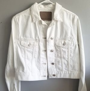 American Eagle white denim cropped jacket